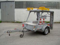 Fahrzeugfotos Verkehrssicherungsanhänger